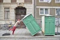 http://danielahoferer.com/files/gimgs/th-29_41_denn-das-schane-ist-nur-des-schrecklichen-anfangfoto-julia-gaisbacher-1_v2.jpg
